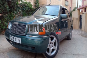 MERCEDES-BENZ C250 TURBO DIESEL DEW2001 à Temara